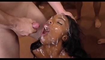 Big booty ebony chick shows her beautiful bubble butt and gets fucked