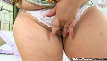 My busty stepmother Alexis Fawx is so horny and lustful
