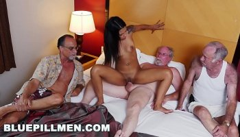 Big ass latina bbw oil