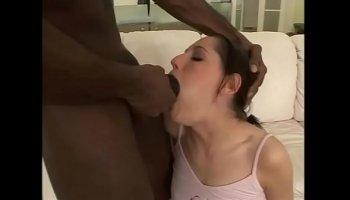 Indian girl makes seem erotic dance